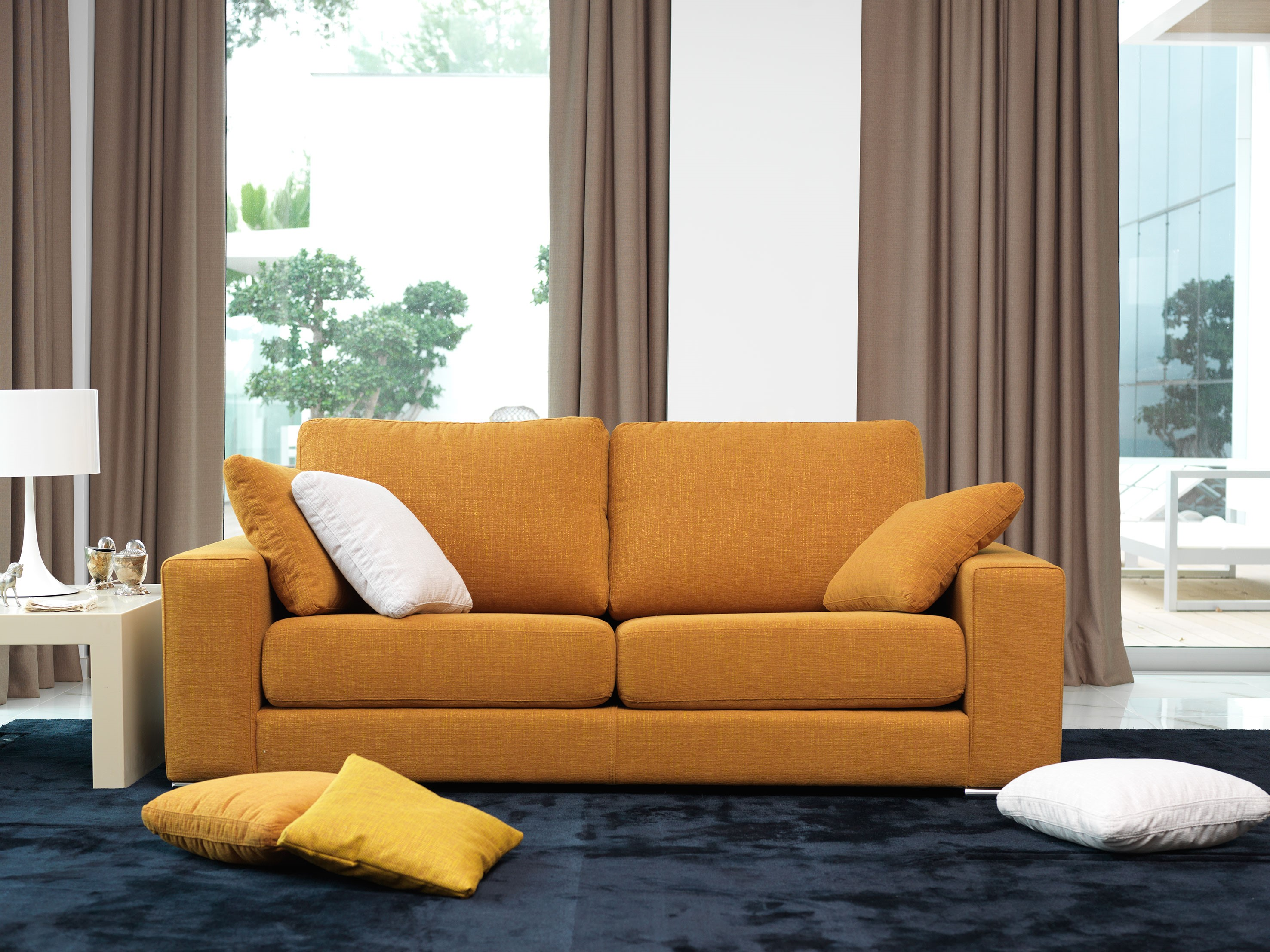 Forrar sofa con tela trendy cmo elegir las telas de las - Telas para sofa ...