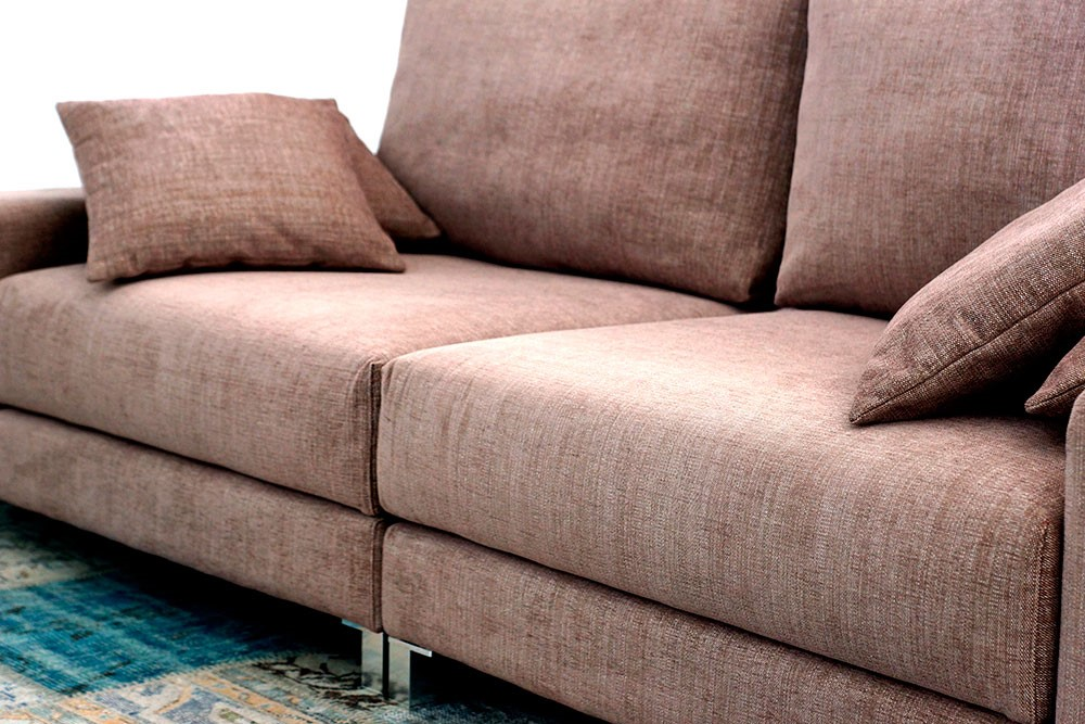 Printed upholstery: the latest cry in decoration