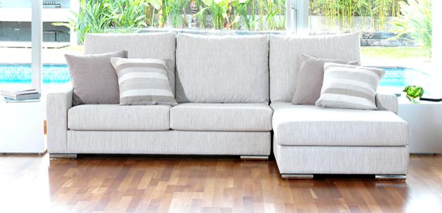 北欧风格,使用白色和木材的室内装饰