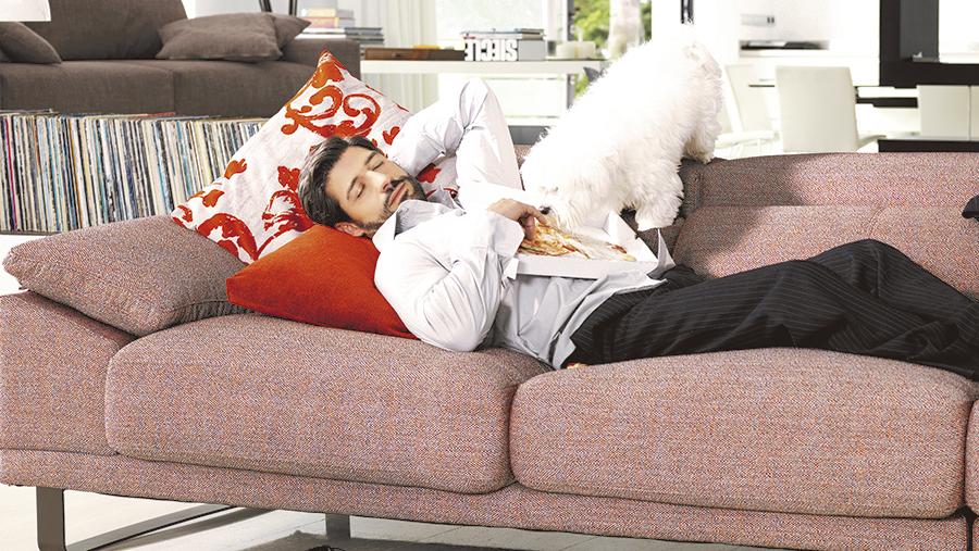 Habitación de invitados: ¿sofá o cama?