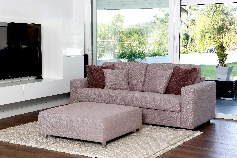 La clave para disfrutar del sofá en verano: el tapizado