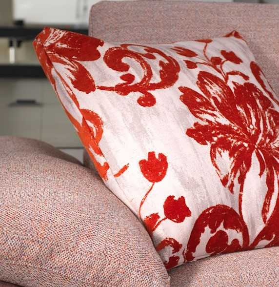 Fabrics in 1001 colours, plain or printed For all tastes